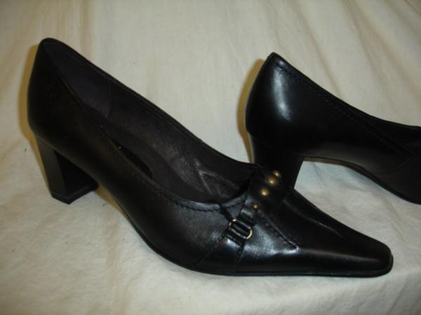 24400 Caprice Damenschuhe Pumps schwarz Leder