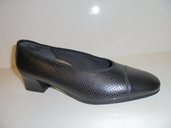 8048 Theresia Damenschuhe Pumps Leder schwarz